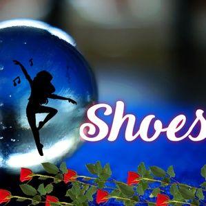Shoes - Flats and short heels